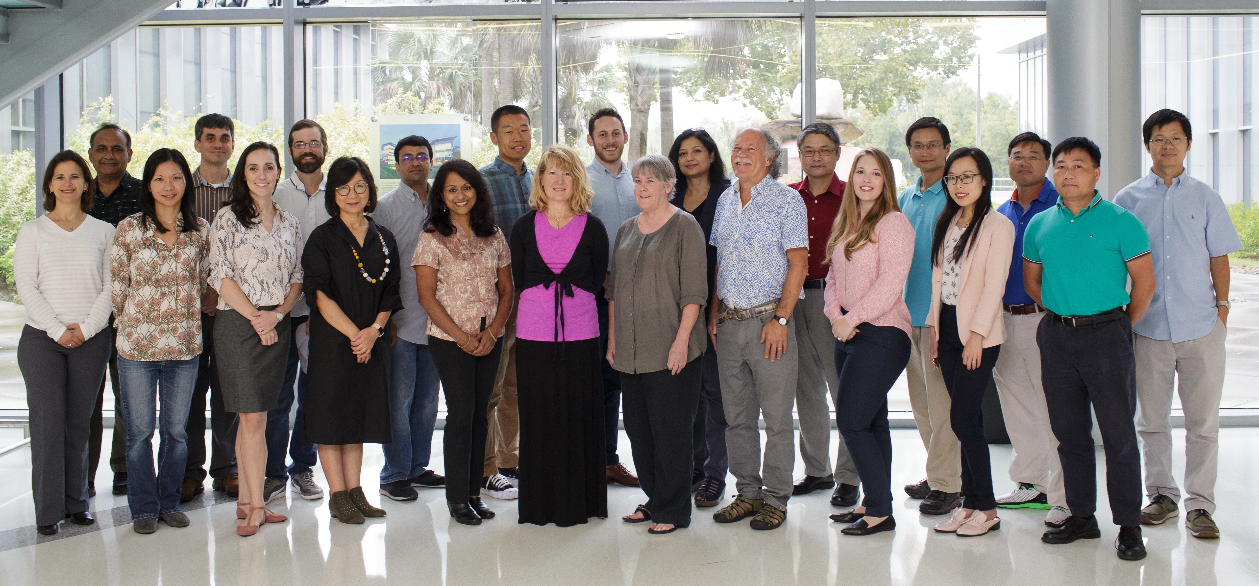 Faculty Group Shot2
